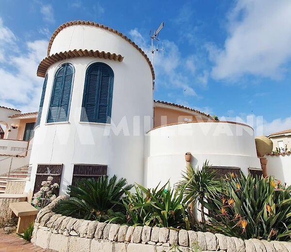 Splendida villa ben rifinita in vendita a Caucana