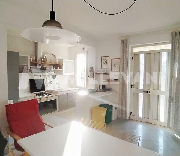 Grazioso appartamento in vendita a Marina di Ragusa .