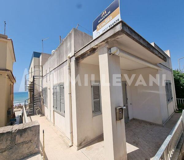 Casa indipendente in vendita a Cava D'aliga