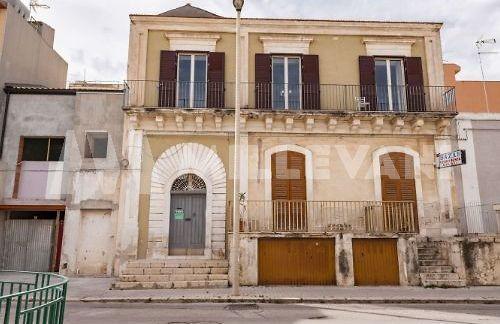 Casa singola centro storico Pozzallo