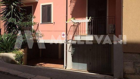 Garage in vendita Pozzallo zona centro