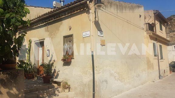 Casa singola in zona San Bartolomeo, Scicli
