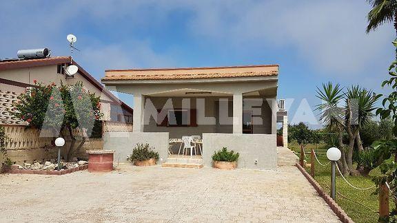 Villa a Ispica mare