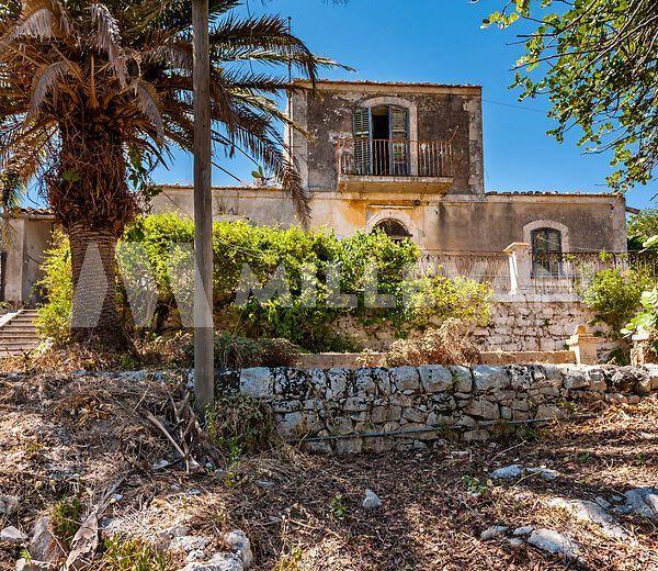 Villa d'epoca in vendita a Modica