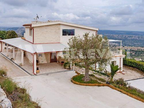 Villa in C.da Pozzillo a Ragusa