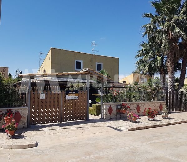 Villetta a schiera in vendita a Marina di Modica