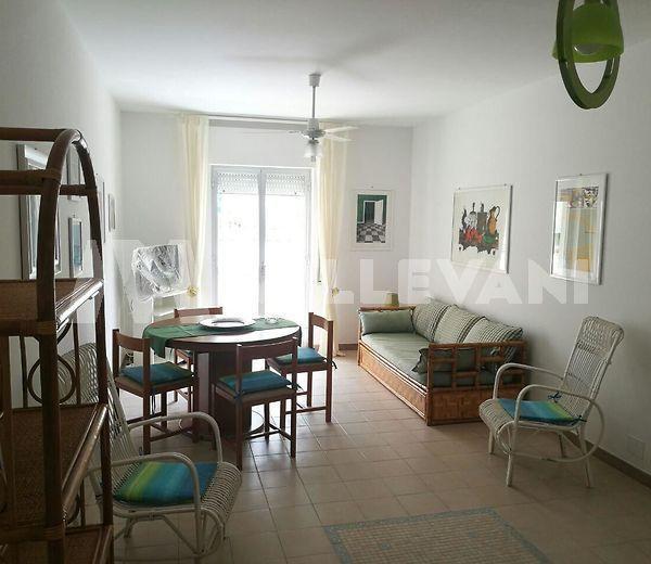 Appartamento al piano rialzato a Sampieri, Scicli