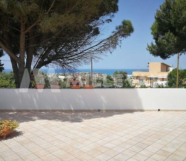 Villa in via Monti Peloritani a Cava D'Aliga, Scicli