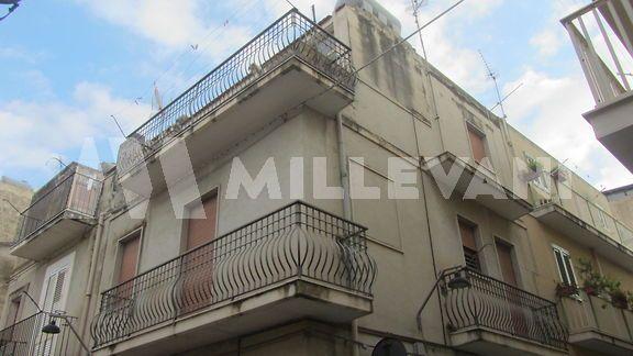 Appartamento su due livelli in vendita a Scicli