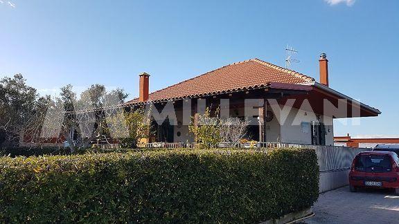 Ampia villa a Santa Maria del Focallo, Ispica