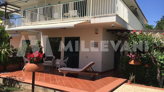 Appartamento in villa in vendita a Marina di Ragusa