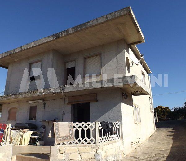 villa con giardino in vendita a Cava D'Aliga
