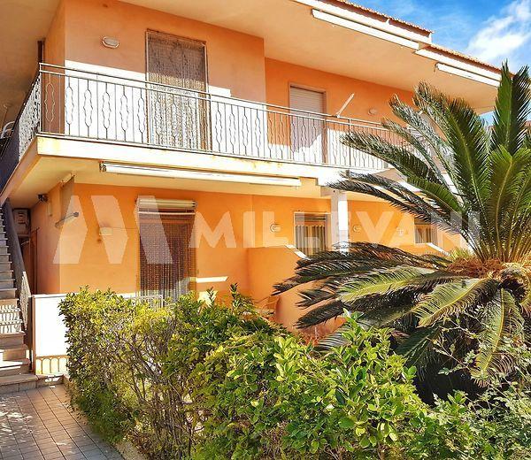 Appartamento in villa a Marina di Modica