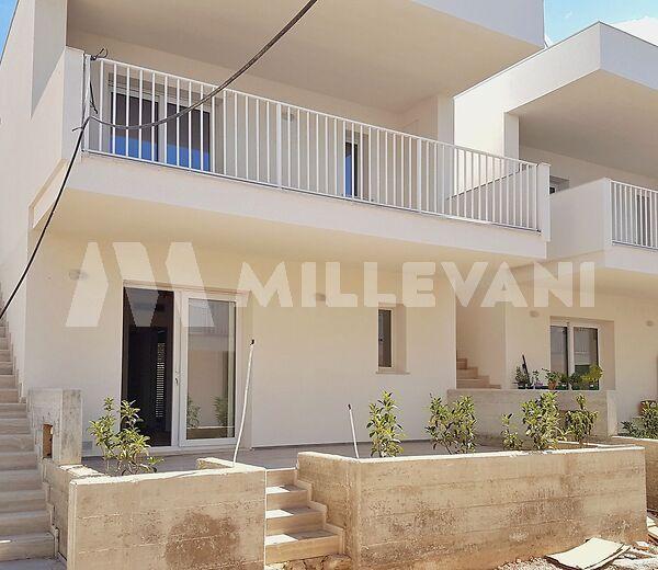 Appartamenti in villa di nuova costruzione a Marina di Ragusa
