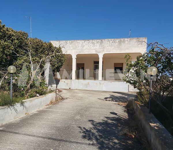 Villa in via Valdo Cava D'Aliga in vendita
