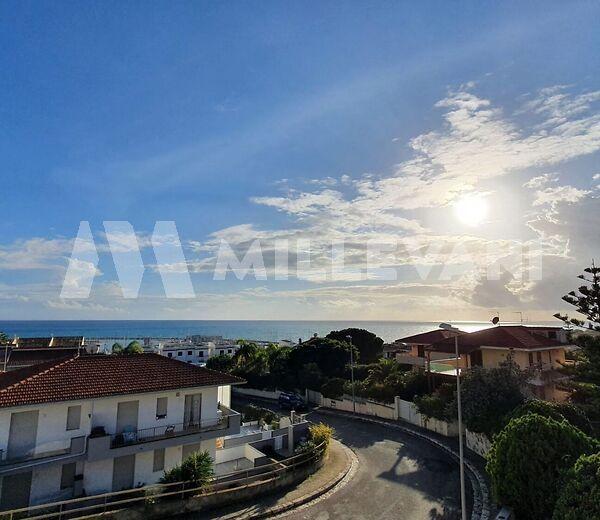Villa con vista mare a marina di Ragusa
