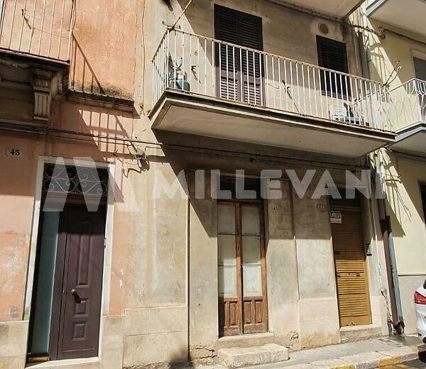 Appartamento in Via Elia a Ragusa